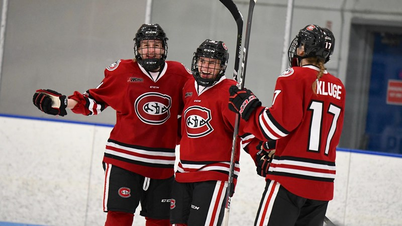 St. Cloud State Defeats Bemidji State 3-0 in U.S. Hockey Hall of Fame Game - St. Cloud State University Athletics