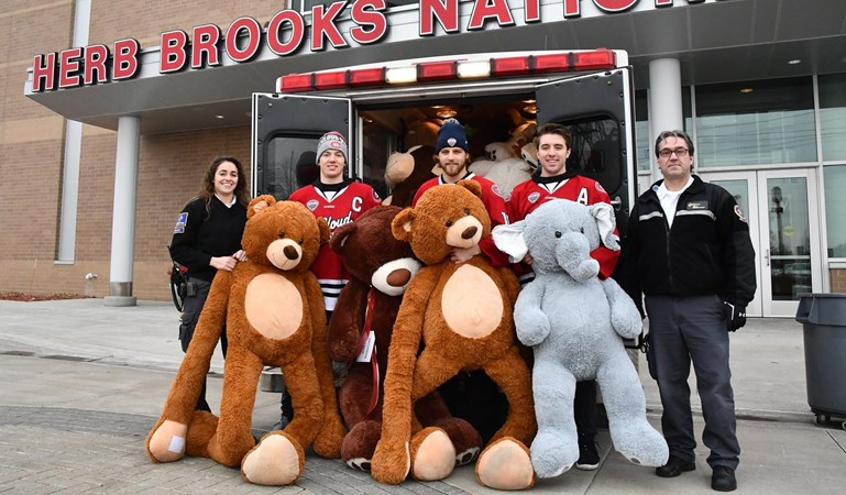 Annual Teddy Bear Toss set for Dec. 14 at St. Cloud State